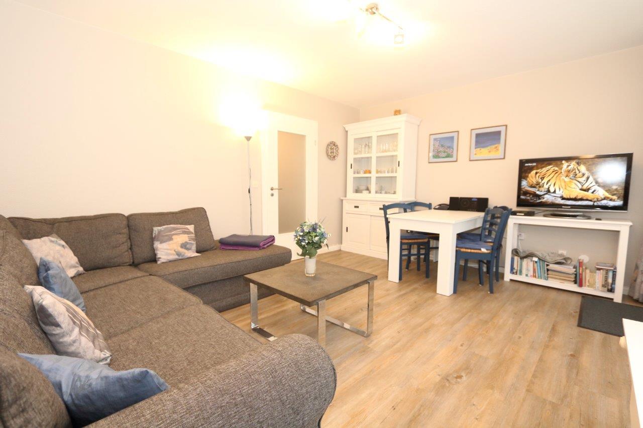 ferienwohnung bangert wenningstedt wenningstedt sylt 4 personen haustiere erlaubt. Black Bedroom Furniture Sets. Home Design Ideas