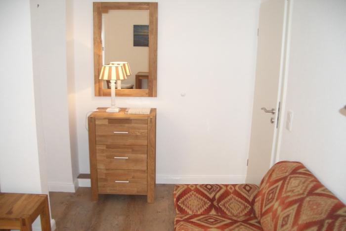 ferienwohnung neues sehr ruhiges strandnahes nichtraucher appartement ohne tiere westerland. Black Bedroom Furniture Sets. Home Design Ideas